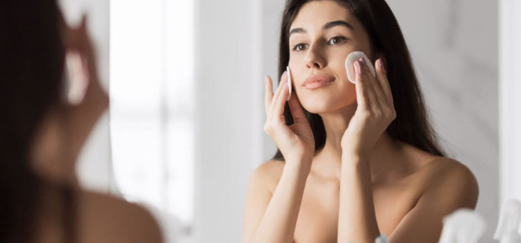 8 Best Morning Daily Skin Care Routine for Glowing Skin