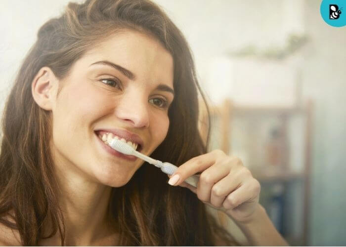 Brush teeth healthbeautybee