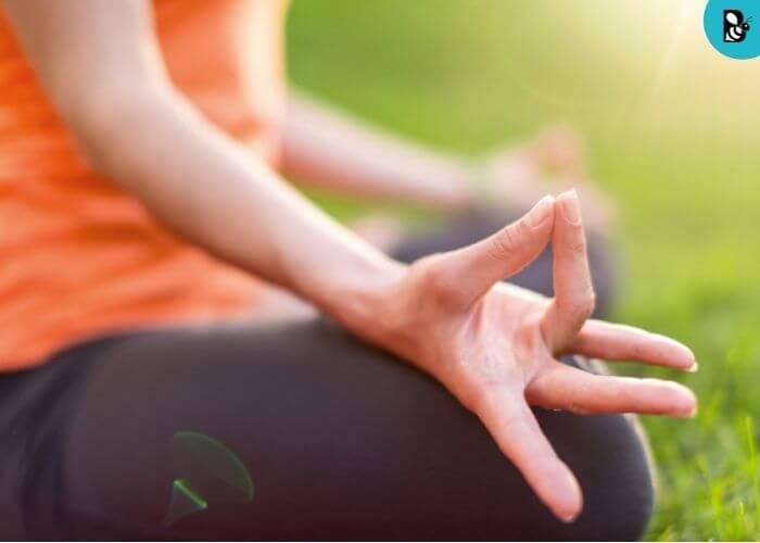 Meditation relax healthbeautybee